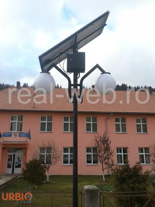 Stalpi fotovoltaici pentru iluminat