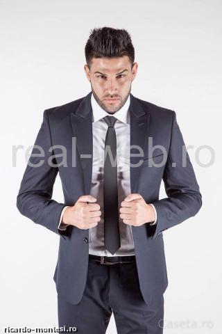 Costume barbati, slim-fit, business, la preturi incredibil de mici |